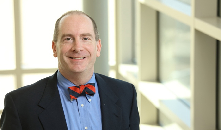 CCALS-engaged Professor Recognized for Outstanding Research Contributions